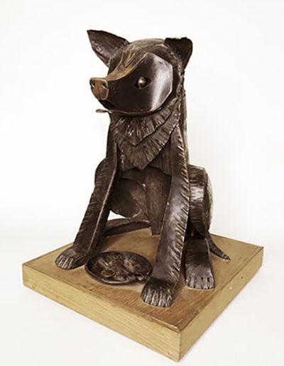"""""""Добрая собака Гаврюша"""" Дерево, медь. 1998г. 23х22,5х33см"""